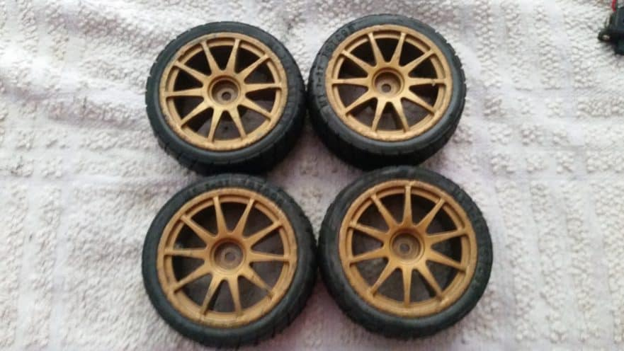 How to Glue RC Car Tires
