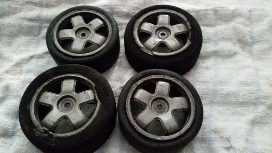 How To Unglue RC Car Tires